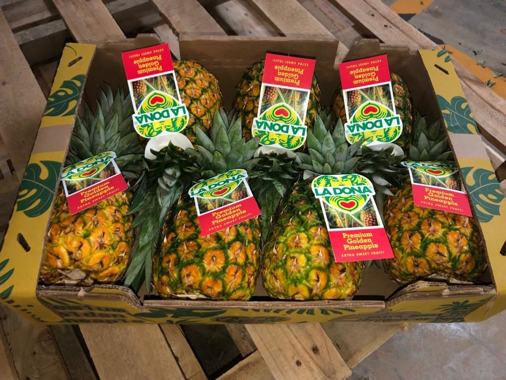 High-color pineapples from La Dona Fruit.